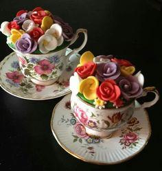 Moederdag cadeau voor de oma's.. nu alleen nog die mooie kopjes op de kop slaan.. misschien bij een kringloop winkel :D