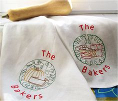 2 Embroidered Personalized  100% Linen Tea Towels - Winter Pies-  Fall Winter  season Kitchen decoration Kitchen Towel