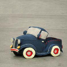 Vintage pickup truck pattern