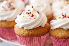 Cupcakes natures : Recette de Cupcakes natures - Marmiton