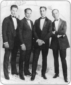 Marx Brothers 1924    		The Four Marx Brox. wearing tuxedos made for them by their father, Sam  - 1924
