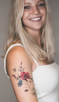 Small Tattoos is always attractive and these also only cover tiny space on the body. These small sizes attract every person and also these t. Girls With Sleeve Tattoos, Small Girl Tattoos, Baby Tattoos, Body Art Tattoos, Beautiful Flower Tattoos, Pretty Tattoos, Cute Tattoos, Tatoos, Delicate Tattoos For Women