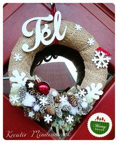 Téli ajtódísz, kopogtató 🎄❄ Xmas Decorations, Burlap Wreath, Advent, Merry, Wreaths, Winter, Christmas, Handmade, Home Decor