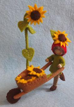 Atelier Pippilotta :: Algemeen Kabouters Nieuw Pakketten :: Kabouter met kruiwagen en zonnebloemen