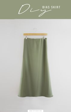 Dress Sewing Tutorials, Skirt Patterns Sewing, Sewing Projects, Skirt Sewing, Clothes Patterns, Sewing Tips, Sewing Hacks, Diy Projects, Skirt Pattern Free