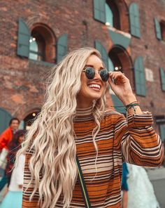 - Pura Vida Bracelets Fall Vibes New York Month October Hong Kong Ideas Month Quotes Art Decorations Facts Ribbon Pink Photography Wellness Haircuts For Frizzy Hair, Wavy Hair, New Hair, Boho Hairstyles, Straight Hairstyles, Hairstyle Ideas, Fall Outfits, Cute Outfits, Beachy Hair