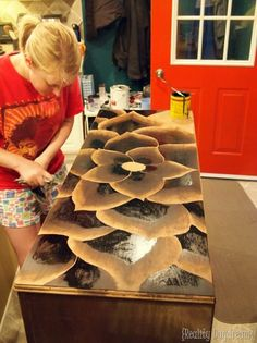 tutorial-on-using-wood-stain-to-make-beautiful-art-on-wood-reality-daydream