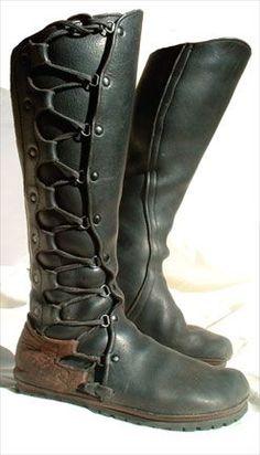 custom leatherwork « Laughingcrowe