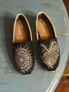 8c2e3ce168f 289 Best Painted Toms images in 2019