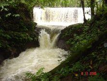 Imagen relacionada Waterfall, Outdoor, Waterfalls, Outdoors, Outdoor Games, Rain