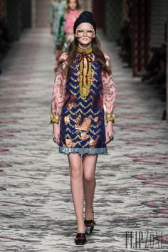 Gucci Spring-summer 2016 - Ready-to-Wear - http://www.flip-zone.com/gucci-5814