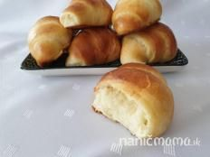 Japonské maslové rožky - recept Ciabatta, Pretzel Bites, Hamburger, Food And Drink, Bread, Baking, Basket, Brot, Bakken