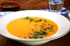 Hokkaido-Kürbissuppe 1 Image and description: Moroccan lentil soup simmered The key to making an ideal Potatoe Dinner Recipes, Sweet Potato Recipes Healthy, Baked Potato Recipes, Healthy Recipes, Crock Pot Recipes, Soup Recipes, Vegetarian Recipes, Pumpkin Soup, Pumpkin Recipes