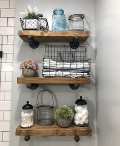 Have a small bathroom room and running out of space to put all of your stuff? We've compiled a list of 15 brilliant bathroom storage ideas baskets that will help you create more space. Rustic Bathroom Decor, Bathroom Interior, Bathroom Storage, Rustic Bathrooms, Bathrooms Decor, Budget Bathroom, Toilet Room Decor, Rustic Apartment Decor, Bathroom Shelves Over Toilet
