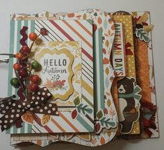Celebrate the colors of fall with this beautiful mini album.