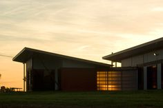 Balonne River House by Fulton Trotter Architects