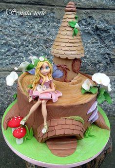 Pixie House Cake   Found on cakesdecor.com