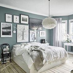 What a beautiful bedroom. via @gravityhomeblog #scandinavian #interior #bedroom #simplicity #whiteliving