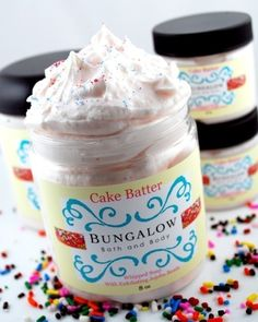 Cake Batter Whipped Soap Scrub - 8 oz Jar - Paraben Free - Propylene Glycol Free from BungalowBathBody on Etsy. Whipped Soap, Organic Soap, All Things Beauty, Beauty Stuff, Diy Skin Care, Cake Batter, Baking Ingredients, Soap Making, Homemade Gifts