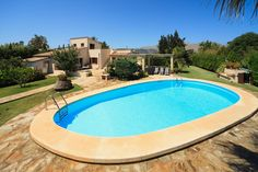 VILLA COLOMA is located down a lovely country lane and between the historical old town of Pollensa and the beaches and resort of Puerto Pollensa. It has a beautiful, well-maintained garden and enjoys views of the surrounding countryside and mountains.