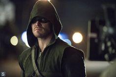 Arrow's Stephen Amell on Season 2 Finale