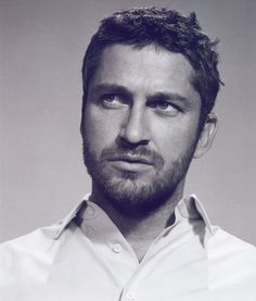Gerard Butler...I aim so high but I wish I could marry this man ;)
