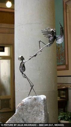 """Extraordinary sculptures by Saúl Hernández (from Guadalajara, Jalisco, Mexico). The """"208 OSEOsidades"""" is a collection of 21 bronze sculptures of 21 centimeters in height. He uses the most common representation of death which is the human skeleton in a 1:8 scale replica of a real skeleton."""