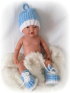 Baby Boy Set Hat and Booties Blue & White Crochet by Ritaknitsall
