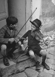 Niños músicos :)