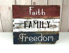 Pallet Wall Art Pallet Sign Pallet Art by AllTogetherwithLove Pallet Wall Art, Wood Pallet Signs, Rustic Wood Signs, Wooden Signs, Pallet Ceiling, Pallet Flag, Wood Signs For Home, Pallet Walls, Wooden Plaques