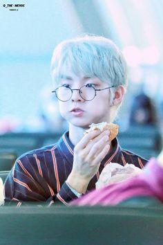 𓍯 𝗹𝗼𝘃𝗲𝗯𝗼𝘆𝘇𝗼𝗻𝗲 conozcan y aprecien a the boyz. Changmin The Boyz, Chang Min, Fandom, Soyeon, Drama, Asian Boys, Kpop Boy, Kpop Groups, K Idols