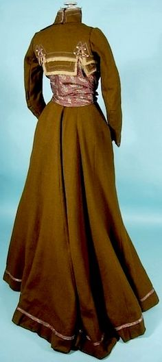 c. 1900 Victorian Gown / Gibson Era Brown Wool and Paisley Silk 2-piece Gown, back view