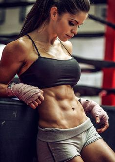 Female Fitness and Bodybuilding Beauties: Michelle Lewin - Hottest Fitness Women