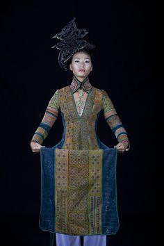 Minh Hanh. Vietnamese Fashion Designer FW11 Photo: Jack Dabaghian. Model: Huyen Trang