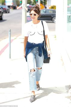 Emma Roberts wears cheeky boob T-shirt #dailymail