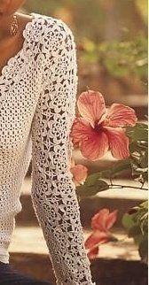 Белая кофта с цветочным узором крючком
