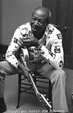 Jimmy Reed, 6/11/76. House at 5th & Hugo, San Francisco
