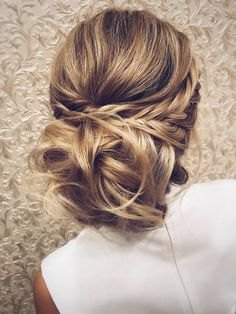 Wedding Hairstyles for Long Hair from Tonyastylist / http://www.deerpearlflowers.com/wedding-hairstyles-for-long-hair-from-tonyastylist/4/ #weddinghairstyles #weddinghairstylesforlonghair