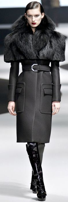 ✜ Viktor & Rolf Fall Winter 2013 - By the Light of the Moon ✜  gasp at how gorgeous it is from the waist up!
