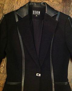 New ZION New York Black Italian Fabric Leather Trim Lined Blazer Size 2 $115.00