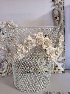Читайте також Декор з мережива Паперові квіти(14 майстер-класів) Стильне розміщення вазонів в оселі. 25 фото-ідей! В'язаний декор(33 ідеї) Квіти з шишок За день до справжньої … Read More