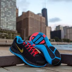 800767c7ff06 Nike Running will commemorate this weekend s Chicago Marathon with two  special colorways of the new LunarGlide+ 4 featuring artwork by Cody Hudson.