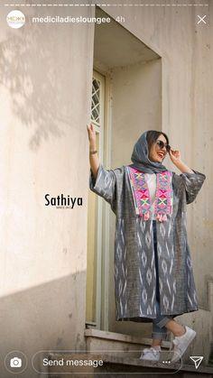 Street Hijab Fashion, Abaya Fashion, Muslim Fashion, Kimono Fashion, Star Fashion, Fashion Dresses, Simple Pakistani Dresses, Mode Abaya, Iranian Women Fashion