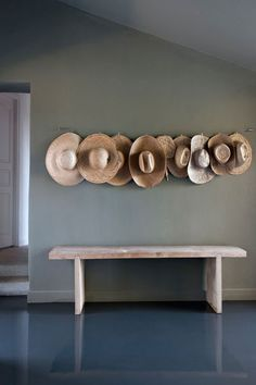 Hat Rack Ideas, Easy And Simple For Sweet Home - Spenc Design Interior Styling, Interior Design, Turbulence Deco, Cool Ideas, Diy Ideas, Decoration, Interior Inspiration, Design Inspiration, Interior And Exterior