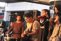 hasil karya jepretan dari sahabat dan teman kami FAUZAN KESUMA  thanks for nice picture bro  #band #acoustic #folk #indonesia #bandung #music #performance #stage #ethnic #orchestra #ootd