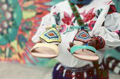 """#Huichol Edición Limitada Dione , un par de joyas artesanales que llevan consigo el """"Ojo de Dios""""..."""