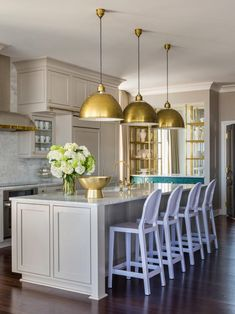 Get ready to break the Internet (and make all your friends jealous!) -- our 31 designer tricks will help you create a picture-perfect home.