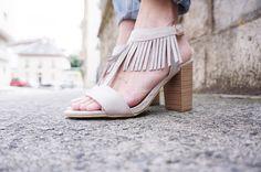 #sandales & #franges ne serait-ce pas le combo de l'#été ? 13€ chez #babou UsageQuotidien