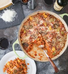 This Supreme Pizza Quinoa Bake is all the epic flavors of pizza in nourishing whole-grain casserole form. Cozy, comforting, and perfect for meal prep! The Dude Diet, Supreme Pizza, Pickling Jalapenos, Chicken Sausage, Quinoa, Meal Prep, Stuffed Peppers, Baking, Cozy