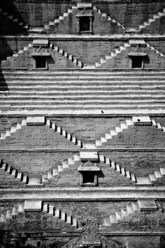 Stairs are climbed step by step. India Is just doing that and with that thought we leave you with a fantastic image that defines Monochrome Monday!